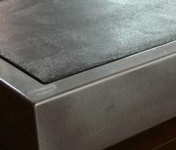 Relooker un meuble avec du b ton cir relooker meubles for Recouvrir du carrelage mural avec du beton cire