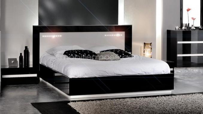 comment entretenir un meuble laqu relooker un meuble. Black Bedroom Furniture Sets. Home Design Ideas
