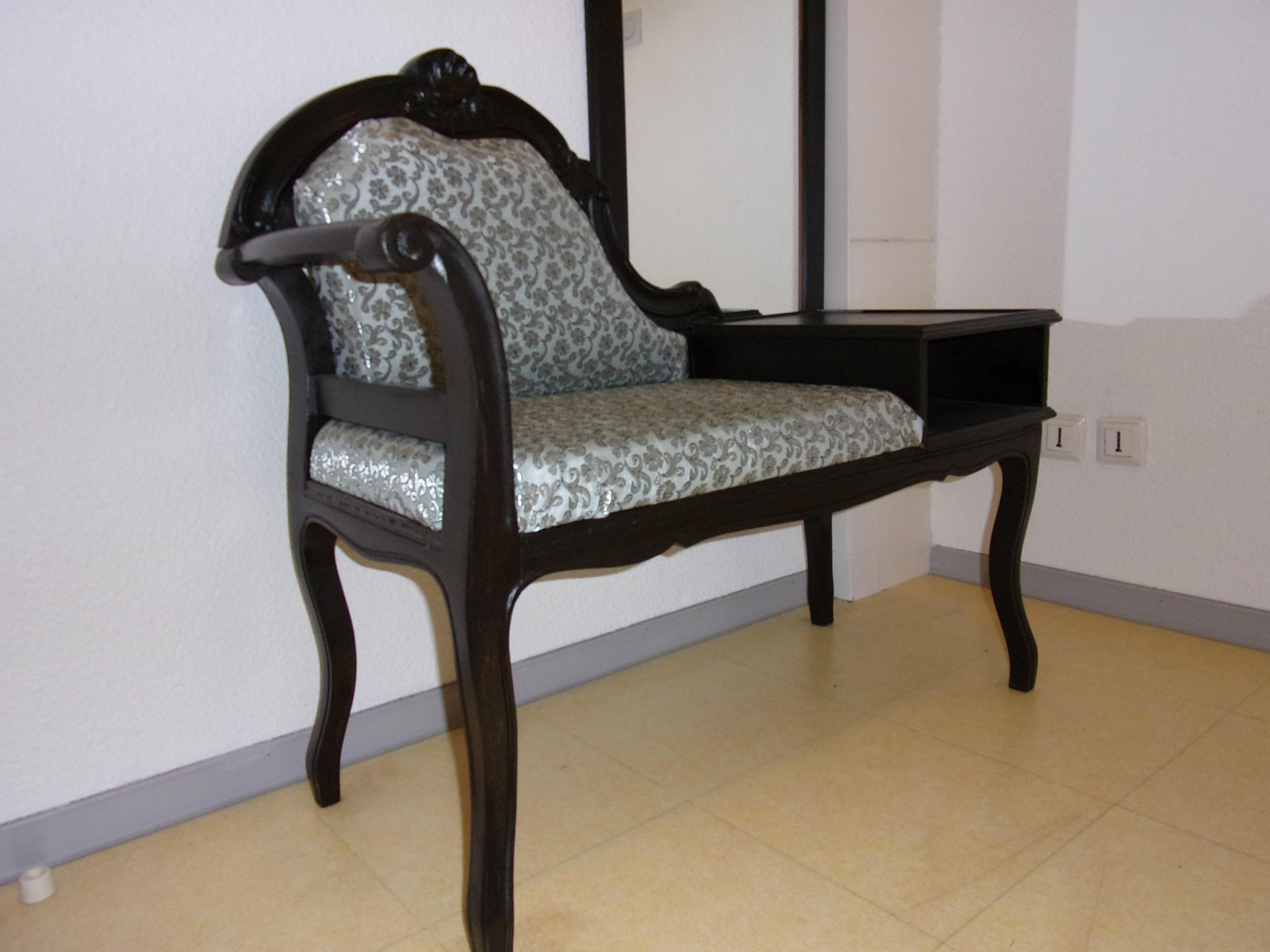 relooking d 39 une liseuse relooker meubles. Black Bedroom Furniture Sets. Home Design Ideas