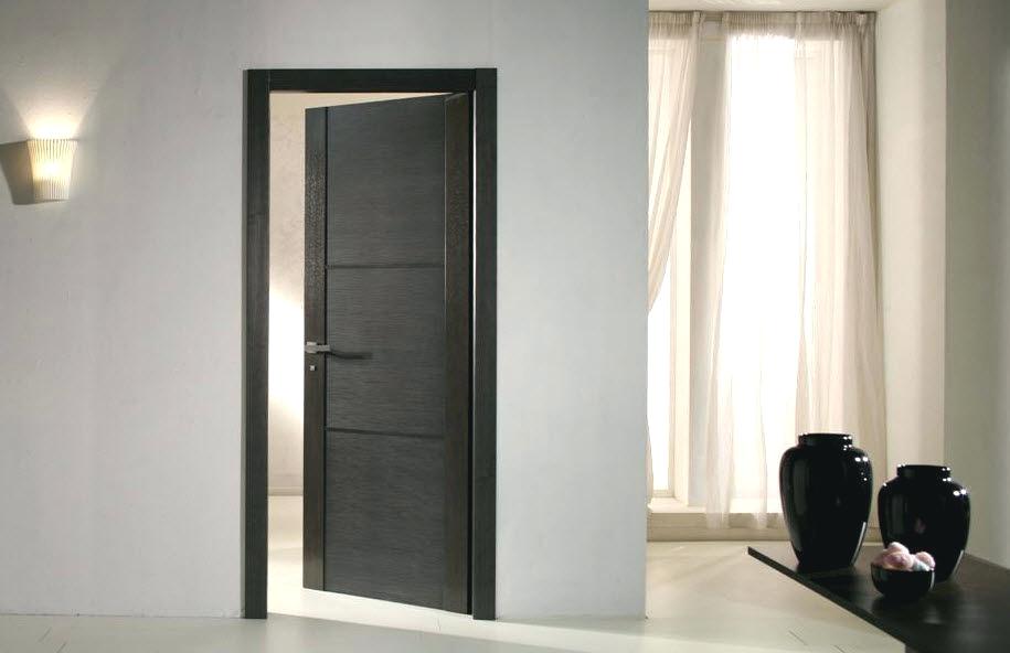 Comment peindre des portes relooker meubles - Peindre une porte en bois deja peinte ...