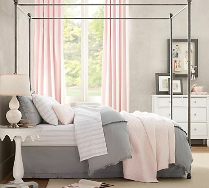 Une chambre en gris et rose de 0 77 ans relooker meubles - Chambre grise et rose poudre ...